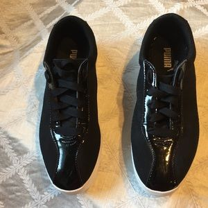 Puma Sneakers, Black with Patent Leather, Size 6